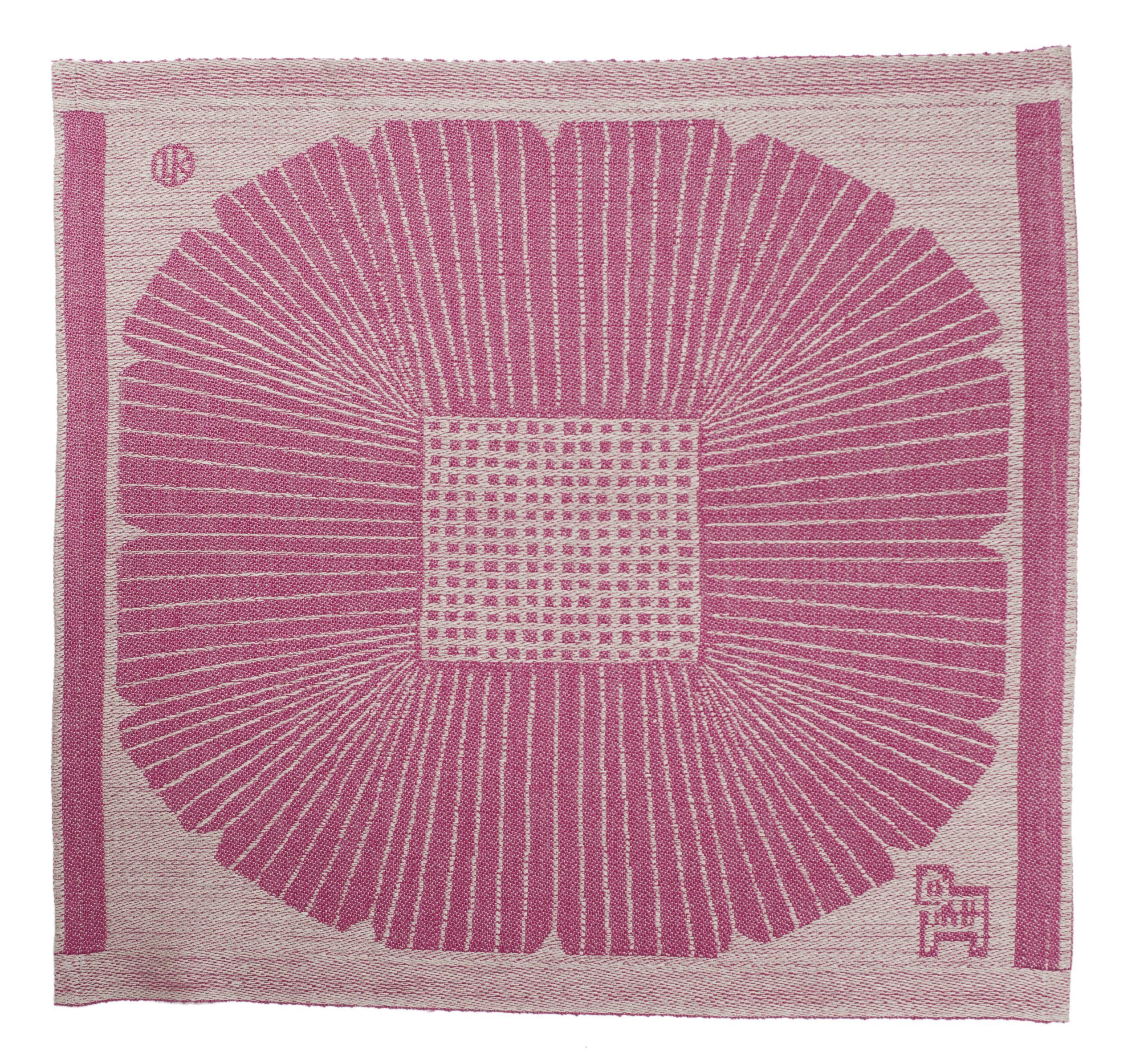 LapuanKankurit Anemone tablecloth dark rose-linen Dora Jung